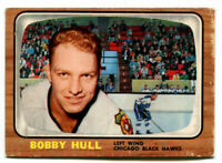 1966/67 Bobby Hull Card #112 Chicago Black Hawks