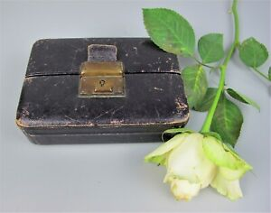 "Sweet 1910-20's vintage Leather Travel Jewellery Box. Small size 5"" x 3.5"""