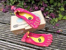 VIBRAM FiveFingers CLASSIC Chili pink Zehen Barfuß Sport Turn Lauf Schuhe 36 NEU