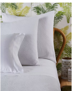 NEW Frette RENA White Coverlet Matelassé Jacquard Queen Cotton Portugal $499