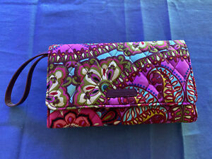 Vera Bradley Trifold Wallet With Removable Crossbody Strap
