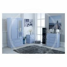 HAND MADE CAMBRIDGE 3 PIECE BEDROOM SET IN SKY BLUE (ASSEMBLED)