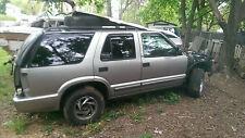 2000 Chevy Blazer door 4x4 Parts excellent Quality. CHEAP fits 96-04