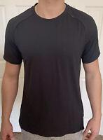Lululemon Men Size S Muscle Motion Short Sleeve Gray Black OBSI/BLK Shirt Run