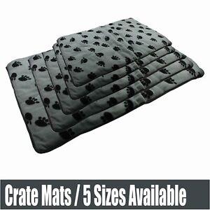 5 Sizes Dog Cat Mat Soft Plush Metal Crate Floor Mat 2cm Thick Grey Black Paws