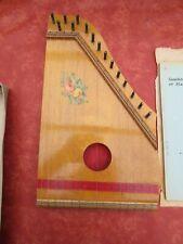 Cithare - instrument de musique ancien à 15 cordes 1964