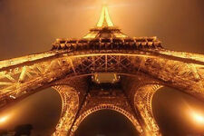 BELOW THE EIFFEL TOWER - ART POSTER 24x36 - ZUCKERMAN PARIS TRAVEL LIGHTS 36610