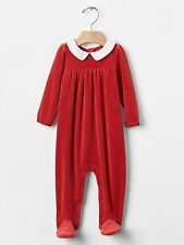 GAP Baby Girls Size Newborn Festive Christmas Red Velour Footed One-Piece Romper