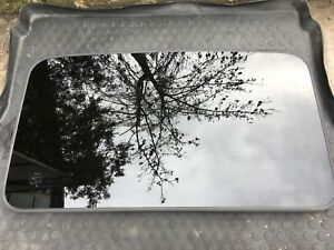 TOYOTA LAND CRUISER 150 Front Pano Sunroof Sun Roof Glass 63201-60130 OEM