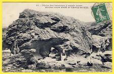 cpa 85 Saint GILLES CROIX de VIE (Vendée) La PÊCHE à la BERNIQUES Rocher Pêcheur