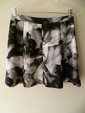 Women's Mossimo Floral Printed Soft A-Line Black/White Skirts Size 8