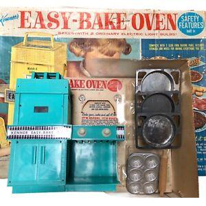 Kenner's Easy Bake Oven in Original Box 1964 - WORKS!!!