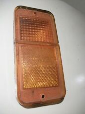 - 1970 1971 1972 Chevrolet Pick-up, Amber Parking Light Lens PN 5960596, Good
