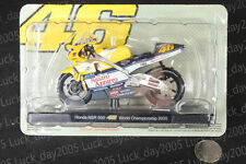 Honda NSR 500 #46 Rossi World Championship 2000 Motorcycle Racing Model 1/18
