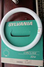 Sylvania Circleline Circular 300mm diameter T9 low energy bulb 32w warm white