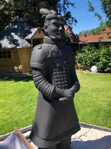 Terrakotta General 194cm (Armee, Soldat, Krieger), lebensgroß, antrazit/schwarz