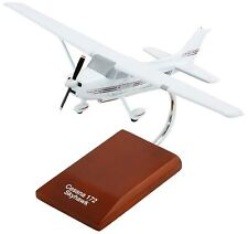Cessna 172 Skyhawk Modern Desk Display Private Plane 1/32 Wood ES Model Airplane