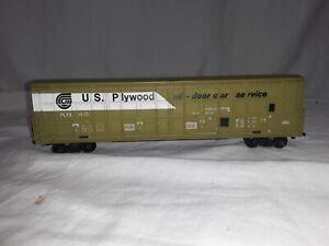 HO Scale Box Car, U.S. Plywood PLYX 1410. See Description