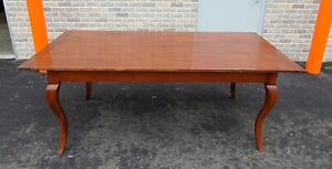 Fine Cherry Country French Dining Room Farmhouse Table w/ 2 Leaves c1990s
