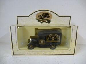 Lledo Days Gone Diecast Model : Wm Younger's Ales Van