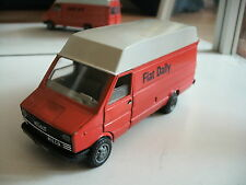 Old Cars Fiat Iveco Daily in Orange/White on 1:43