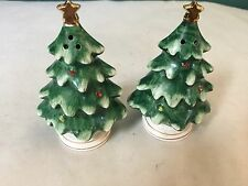 SET OF (2) VINTAGE LEFTON CHRISTMAS TREES SALT & PEPPER SHAKERS 054