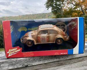 Disney HERBIE GOES BANANAS VW Beetle 1:18 Diecast Johnny Lightning Love Bug 2004