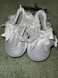 NEW, Wonder Nation Baby Toddler Slippers Shiny Silver Moccasin Style Size 6