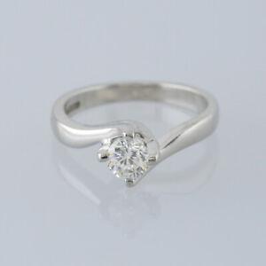 0.40 Carat Round Brilliant Cut Diamond Solitaire Ring Platinum