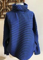 NWOT ISSEY MIYAKE Turtleneck Long Sleeve Top Blouse | Size 2 | Blue/Black