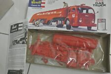 Revell Authentic Kits 1420 White Gas Truck