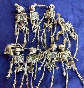 Vintage Halloween Creepy Skeleton Garland Decoration