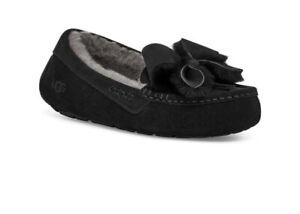 Women's UGG Ansley Bow slipper black moccasins