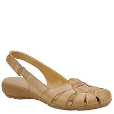 Women's Wide E Sandals and Beach Shoes