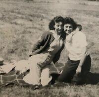 Vintage 1940s Affectionate Women Picnic Real photo snapshot D3