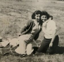 Vintage 1940s Affectionate Women Girls Picnic Blanket Real photo snapshot D3