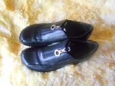 Women's Donald J. Pliner Sport Shoes Size 8.5 (B,M) Casual Solid Black Leather