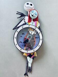 Vtg Nightmare Before Christmas Jack And Sally Molded Pendulum Clock