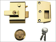 Yale YALP2B P2 Doble Seguridad Nightlatch Brasslux Acabado 40mm Caja Visi