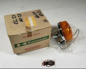 **NOS** KAWASAKI H1/ H2/ S2/ KZ/ KH OEM Turn signal lamp / blinker assembly