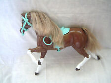 Mattel Barbie Meadow Mares Brown Horse Teal Saddle and Harness