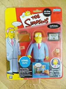 PLAYMATES THE SIMPSONS 142047 'LIONEL HUTZ FIGURE' SERIES 2. MIB/BOXED