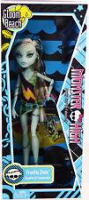 Monster High Gloom Beach Frankie Stein Doll #T7988 New NRFB 2010 Mattel, Inc.