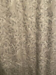 Purple/Gray Shower Curtain. Great Condition