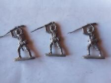 3 soldats en plomb fantassins allemands au combat casque à pointe à peindre