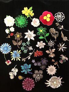 33 Vintage Flower Floral Theme Brooch Lot