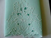 Vtg MADEIRA Linen Guest Towel Hand Embroidered Cutwork UNUSED PRISTINE Laundered