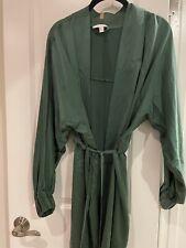 Brand new Lunya Emerald Green Silk Robe Xs/s