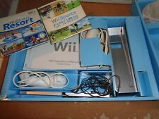 Nintendo White Wii with 2 Games and Original Box