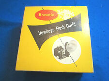 VINTAGE BROWNIE HAWKEYE FLASH OUTFIT IN ORIGINAL BOX.